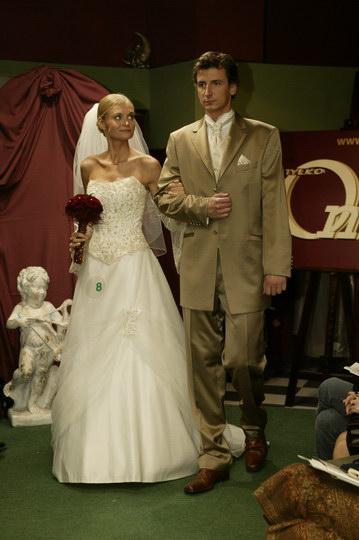 suknie  i garnitury, pokaz mody ślubnej, najnowsze kolekcje, najmodniejsze suknie i garnitury