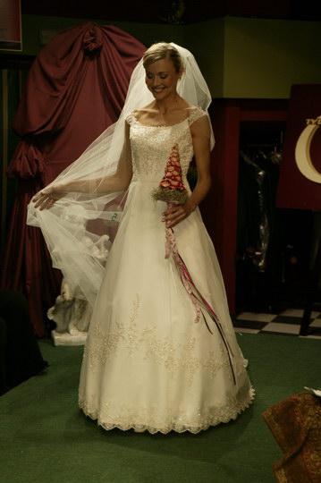kolkcja: suknie ślubne i garnitury, pokaz mody ślubnej, najnowsze kolekcje, najmodniejsze suknie i garnitury
