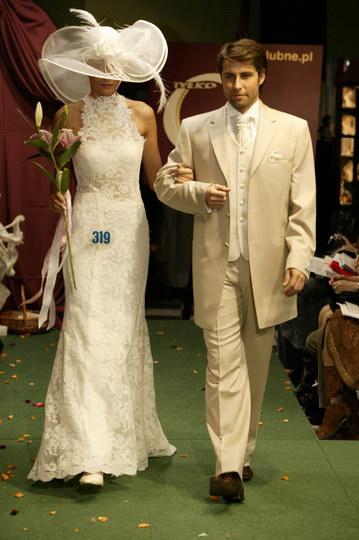 najmodmniejsze suknie ślubne i garnitury, pokaz mody ślubnej, najnowsze kolekcje, najmodniejsze suknie i garnitury