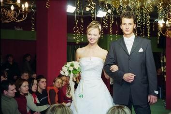 pokaz - suknie ślubne garnirury